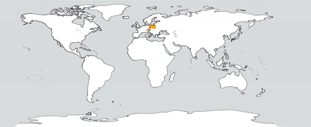 Eine weiße Weltkarte mit zwei goldenen Flecken in der Position von Österreich und Polen. Ein roter Pfeil führt vom ersten zum zweiten.