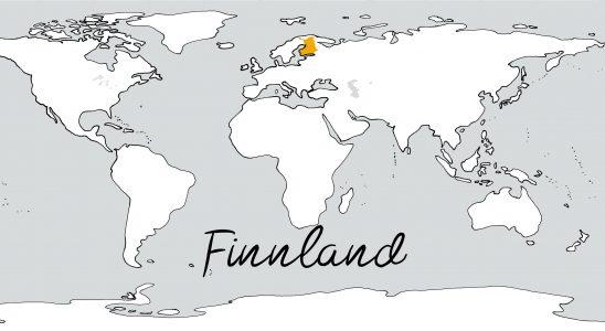 Weltkarte mit Schriftzug Finnland